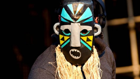 BBC-Radio-1-Essential-Mix-2011-10-15-SBTRKT-460x259